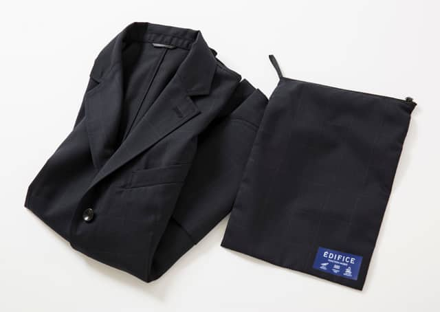 ネイビージャケット 畳み 付属ポーチ