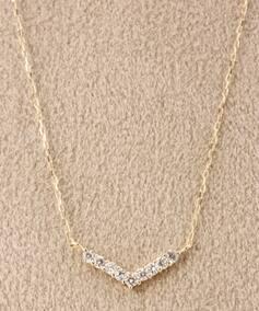 10KYG 0.1ct ダイヤモンド Vラインネックレス